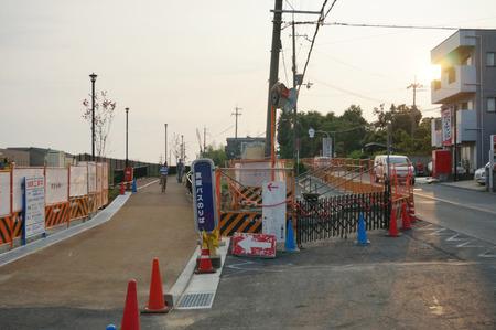 枚方茨木線歩道設置工事130815-13