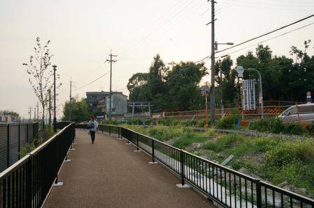 枚方茨木線歩道設置工事130815-20