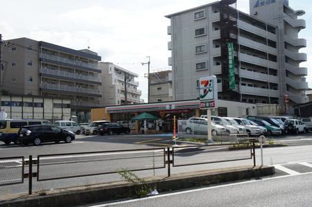 セブンイレブン寝屋川音羽町20120831153936