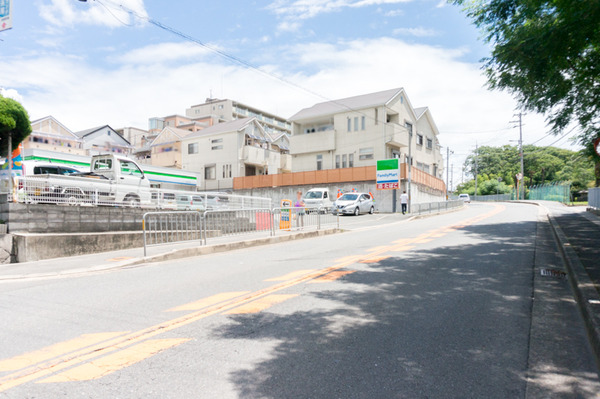 20170721ファミリーマート枚方田口山店-2