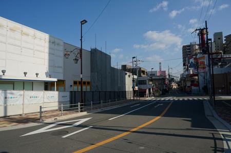 京阪ザ・ストア牧野店解体131105-09