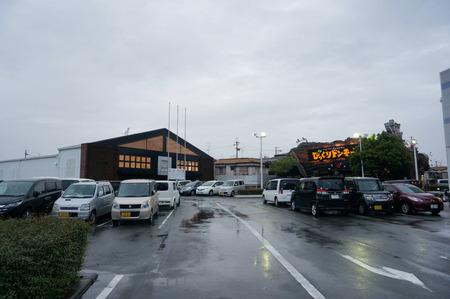 ユニクロ枚方店131025-02