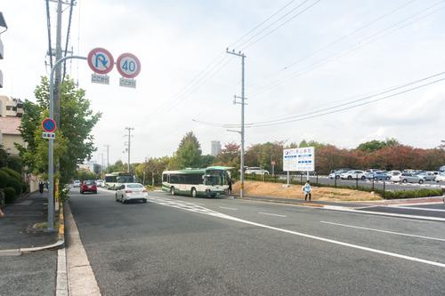 男山病院駐車場-1410212