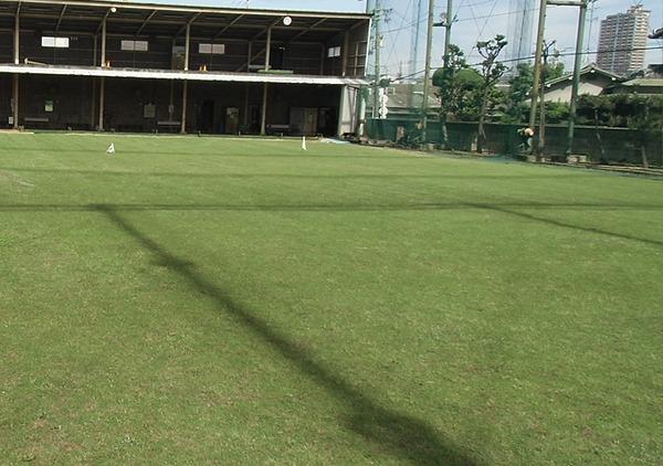 東大阪市の放出ゴルフ練習場でゴルフレッスン
