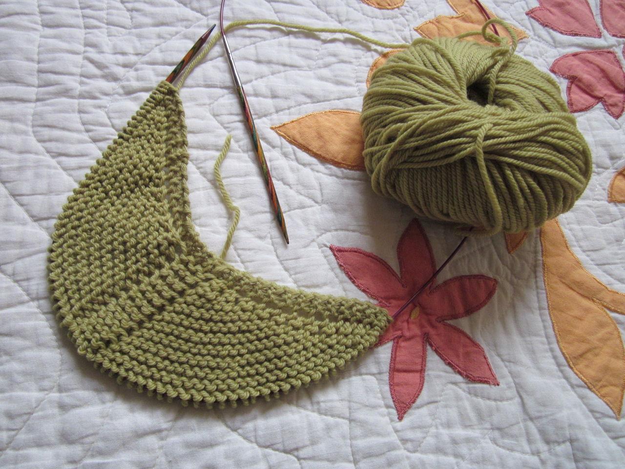 図 編み 三角 ショール