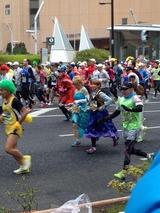 東京マラソンのコスプレーヤーたち