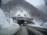 夜中の関山トンネル