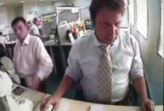 オフィスで切れる人達