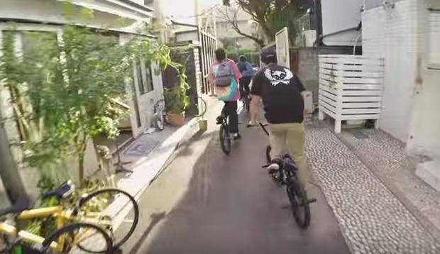 東京をbmxで疾走するプロ