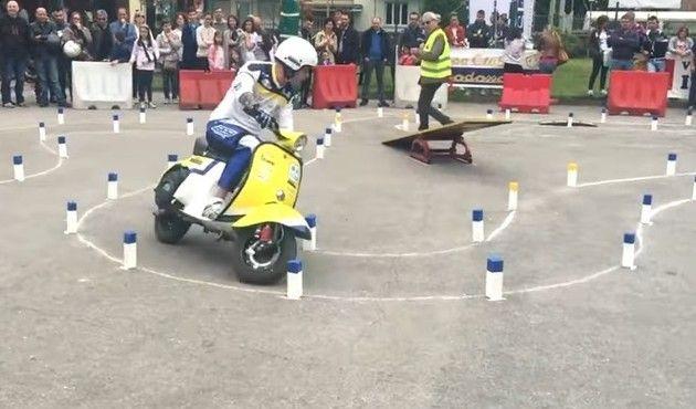スクーターの競技
