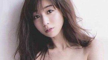 田中アナの写真