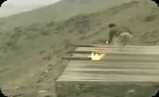 むき出しのまま手動でミサイル発射