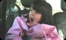 マキシマムザホルモンを歌うフランス幼女