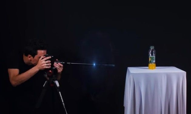 【動画】 もしも「弾丸」にカメラが付いていたら…マクロスコープ映像!!