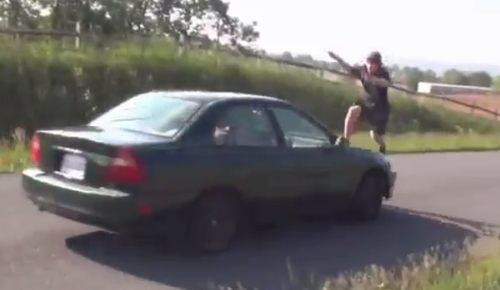 車飛び越え失敗集