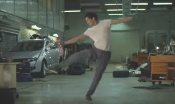 ガレージの清掃CM