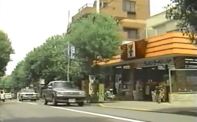 【動画】 日本に「コンビニ」が出来たばかりの1985年の映像ww!!