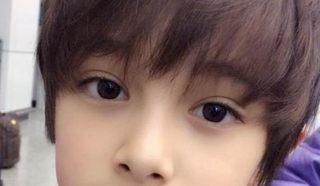 韓国とオーストラリアのハーフの少年の画像
