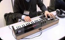 ヴォーカロイドをリアルタイムで演奏できるキーボード