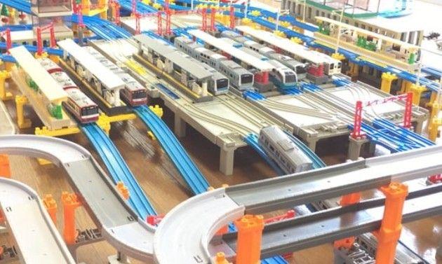 プラレールで横浜駅の模型