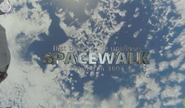 宇宙から見た地球の360度映像