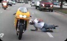 交通事故の逆再生