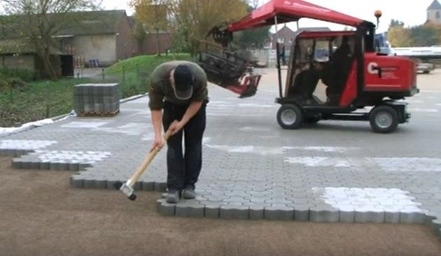 ブロック石畳の道舗装道路