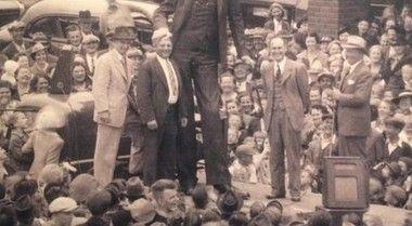 世界一背が高い人