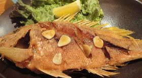 沖縄料理、魚のにんにく揚げ