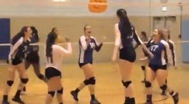 身長二メートルの女子高生バレーボール選手