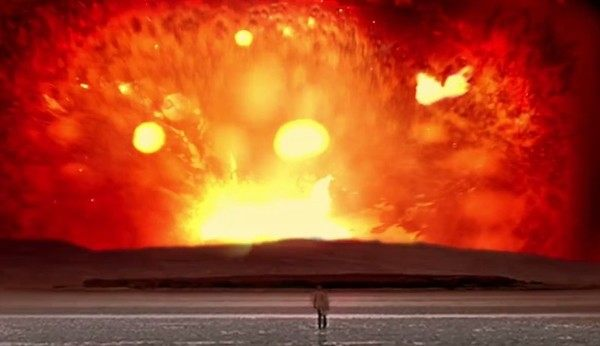 映画のフィルムの燃焼から逃げる (2)