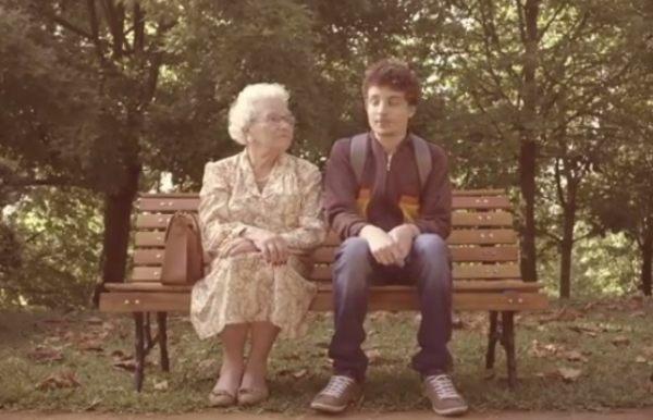 おばあちゃんとキス
