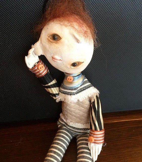 カナダの少年の人形芸術 (3)