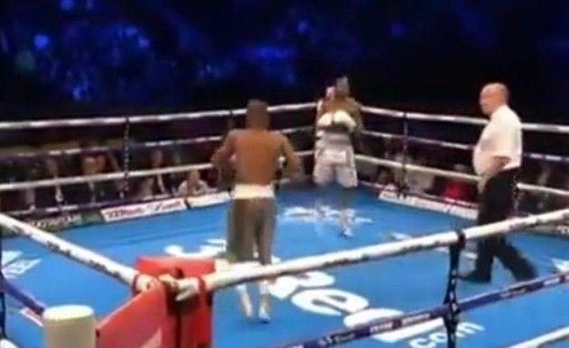 >ボクシング、世界最速KO劇