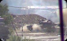 戦車がカメラに発射