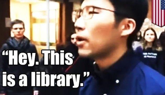 ここは図書館