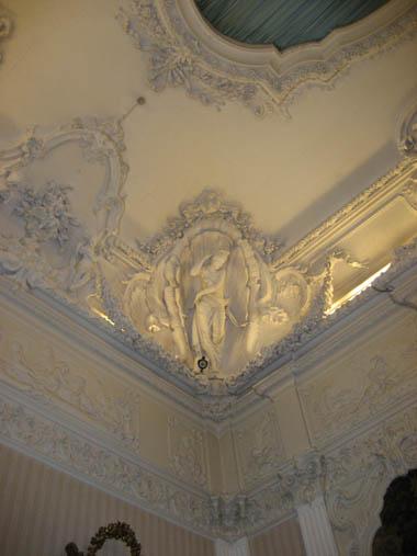 アン王女の寝室 3 天井