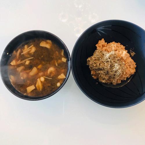 朝食味噌汁納豆