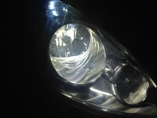 運転席側ライト