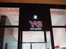 ラスベガス フォーラムショップス Y3