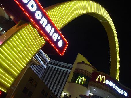 ラスベガスマクドナルドの巨大看板