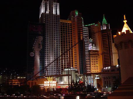 ラスベガス ニューヨクニューヨークホテル 夜