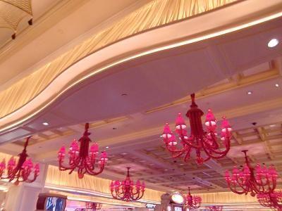ラスベガス Encore(アンコール)ホテル 赤色を基調とした装飾