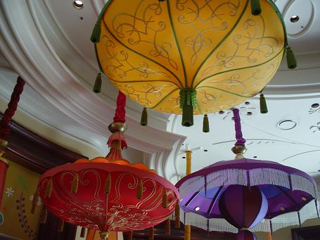 ウィンラスベガス 天井 装飾