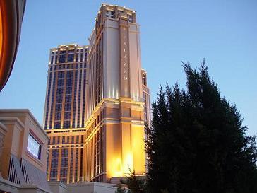 ラスベガス ウィンラスベガスホテルから見たパラッツオホテル