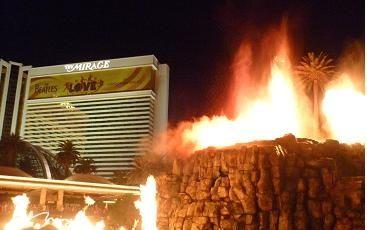 ラスベガス ミラージュホテルの火山噴火アトラクション