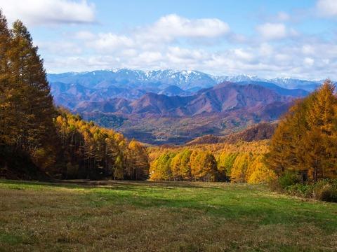 017 会津駒ヶ岳辺りが見えている。