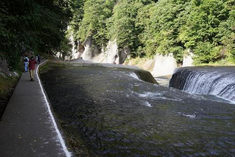 247 ナイヤガラの滝と比べてはいけない。