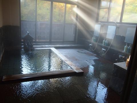 062 ところ変わって今宵の宿、末廣の男風呂。