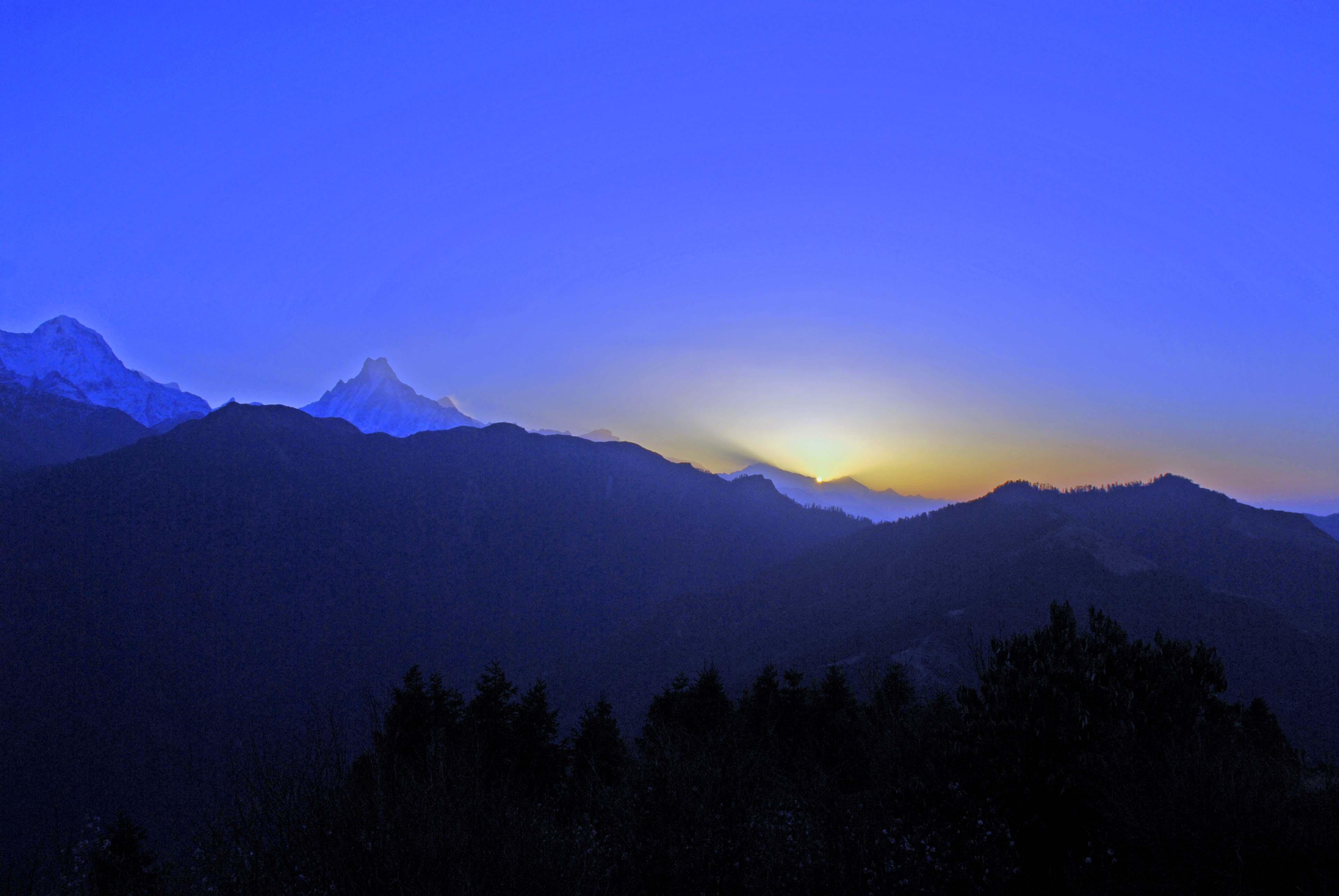 2008年3月22日6時22分プーンヒル頂上で撮影